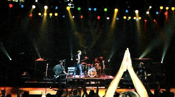 Extreme at Foxwoods Casino in Connecticut, July 2nd, 2006. I took this photo with a disposable camera. Times have changed!